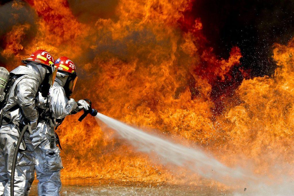 [:uk]firefighters, fire, firefighting, Пожежна сигналізація (ПС) та Охоронно-пожежна сигналізація(ОПС): яка різниця між ними?[:]